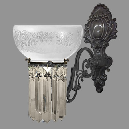 Single Antique Victorian decorative wall light with crystal drops.